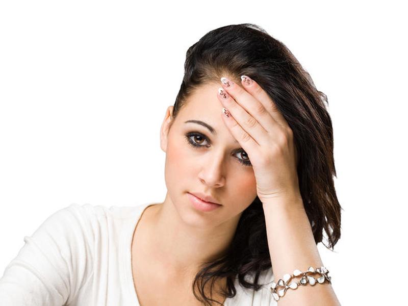 Причини жовтих виділень у жінок