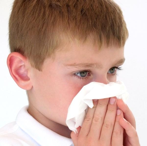 Причини закладеності носа у дитини чи дорослого, що робити якщо закладений ніс
